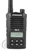 DYNASCAN RD-05 PMR446 DE USO LIBRE CON PINGANILLO DE REGALO - El Dynascan Professional Radio RD-5 es un walkie PMR 446, con 16 canales y display alfanumérico, sin licencias, sin tasas, compacto, robusto y fiable, incluye batería de litio de alta capacidad con 7,4 V y 1600 mAh, radio FM comercial, cargador rápido y pinganillo de regalo.
