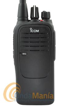 ICOM IC-F29SR WALKI-TALKIE PMR-446 DE USO LIBRE PROFESIONAL - LIQUIDACION!!!. Walki talkie PMR-446 de uso libre, compacto y estilizado con norma IP67 resiste sumergido a 1 metro de profundidad en el agua durante 30 minutos, es un equipo muy robusto,resistentey compacto. Incluye batería y cargador.