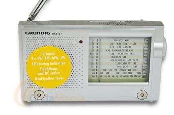 GRUNDIG WR 5401 RADIO MULTIBANDA ANALOGICA - Receptor multibanda con AM, FM, OL y 9 bandas para Onda Corta (de 3,90 a 21,85 Mhz), dispone de función AFC (control automático de frecuencia) en FM, altavoz integrado, toma de auriculares, incluye funda de piel,...