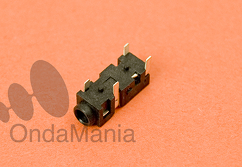 JACK DE 2,5 MM. ORIGINAL PARA EL KENWOOD TH-K2 Y TH-K2ET - Conector de 2,5 mm original para la toma de audio de los Kenwood TH-K2, TH-K4 y TH-K2ET,....