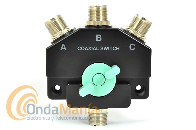 CO-301U CONMUTADOR DE ANTENA DE 3 POSICIONES CON CONECTORES PL