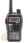 DYNASCAN DB-65 WALKI DOBLE BANDA UHF/VHF CON RADIO FM+PINGANILLO DE REGALO - El Dynascan DB-65 es un walky doble banda VHF/UHF con radio comercial FM y linterna LED. Dispone de batería de litio, 200 canales de memoria, tonos CTCSS y DCS, 5 W de potencia,...Oferta hasta fin de stock!!