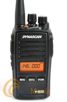DYNASCAN V-600 TRANSCEPTOR PORTÁTIL PROFESIONAL VHF CON RECEPTOR DE RADIO FM+PINGANILLO DE REGALO