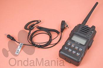 YAESU VX-120 + PINGANILLO - PRODUCTO DESCATALOGADO, SUBSTITUIDO POR EL YAESU FT-270. El Yaesu VX-120 es un portátil de la banda de VHF con 5W de potencia y sumergible hasta 30 minutos a 10 metros de profundidad (norma IPX7).Para más información KLIKE aqui.