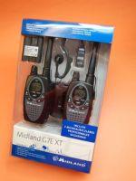 MIDLAND G7 XT (PAREJA) CON PINGANILLOS ORIGINALES CON VOX MA-21L - La pareja Midland G-7 XT son unos PMR tecnológicamente completos, robustos y prácticos. El Midland G-7 es un equipo ideal para aplicaciones profesionales. Incluyen 2 baterías, 2 micrófono auriculares ORIGINALES con función VOX (pinganillos) Midland MA-21L con posibilidad PTT o VOX y un cargador doble.