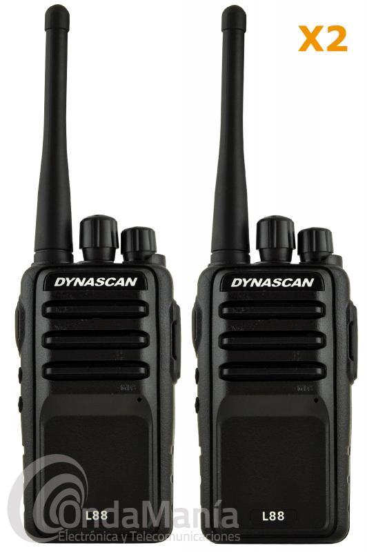 PACK COMPUESTO POR 2 DYNASCAN L-88 LIBRE PMR-446 CON 2 PINGANILLOS DE REGALO - Pack compuesto por 2 Dynascan L-88 con pinganillos, cargadores, baterías,... El Dynascan L-88 es un walky de uso libre PMR-446 profesional de reducido tamaño con una gran calidad de audio, incluye scrambler (secrafonia), batería de litio con 1600 mAh, VOX, cargador rápido de sobremesa,....