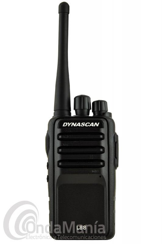 DYNASCAN L88 PORTATIL DE USO LIBRE PMR-446 CON PINGANILLO DE REGALO - Dynascan L88 es un walky de uso libre PMR-446 profesional de reducido tamaño con una gran calidad de audio, incluye scrambler (secrafonia), batería de litio con 1600 mAh, VOX, cargador rápido de sobremesa,....