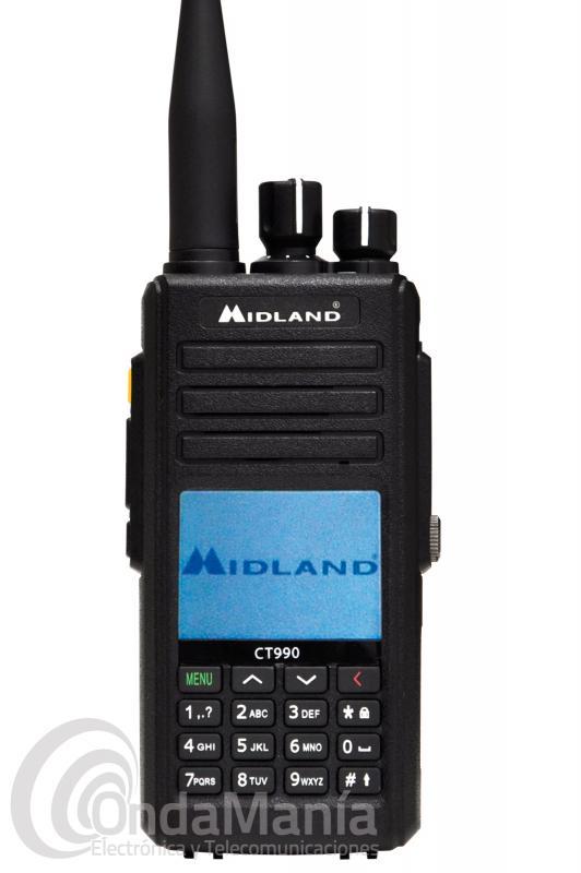 WALKI TALKI DOBLE BANDA VHF/UHF MIDLAND CT-990 CON 10 W DE POTENCIA+PIGANILLO DE REGALO - El Walki talky MIdland CT990 es un transceptor portatil doble banda UHF y VHF con 10 W de potencia, dispone de una certificación IP67, incluye 2 antenas, 1 normal y otra de alto rendimiento, incluye 257 canales de memoria, función hombre muerto, radio FM comercial, tonos CTCSS y DCS, pack de batería con 2800 mAh, tiene un amplio y colorido display LCD, función VOX, anuncios locales,....