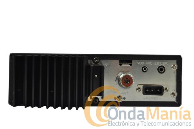PRESIDENT JACKSON II ASC + ANTENA PRESIDENT ALABAMA - President Jackson II ASC transceptor AM/FM/USB/LSB de banda ciudadana (27 Mhz)con multi-normas Europeas. Dispone de medidor de ROE, squelch manual y automático, roger beep, subida/bajada de canales desde el micrófono,... y dos grandes ventajas sobre su antecesor el President Jackson ASC como es latoma frontal de micrófono y su tamaño más reducido. Regalo antena President Alabama!!