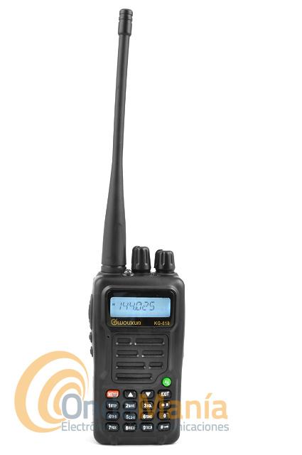 WOUXUN KG-818 WALKIE DE VHF CON RADIO COMERCIAL Y LINTERNA LED - Transceptor portatil de VHF con 5 W de potencia, 199 canales de memoria, radio de FM comercial, cronómetro, incluye CTCSS y DCS, batería de litio con 7.4 V y 1300 mAh, indicaciones de comandos por voz,...